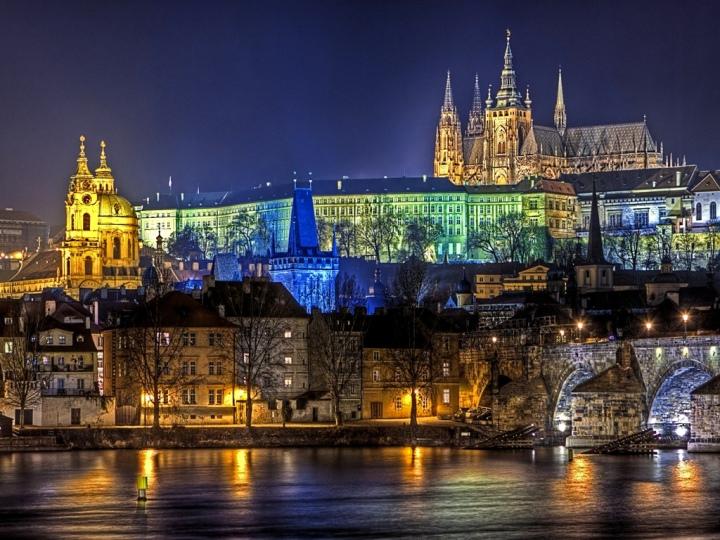Dall'Immacolata all'Epifania: 10 capitali europee da visitare eassaggiare!