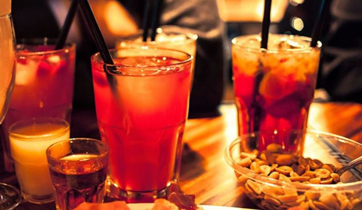 Apericena: confusione tra aperitivo ecena