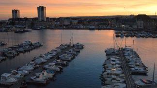 Cherbourg-Octeville-Aussenansicht-1-102355