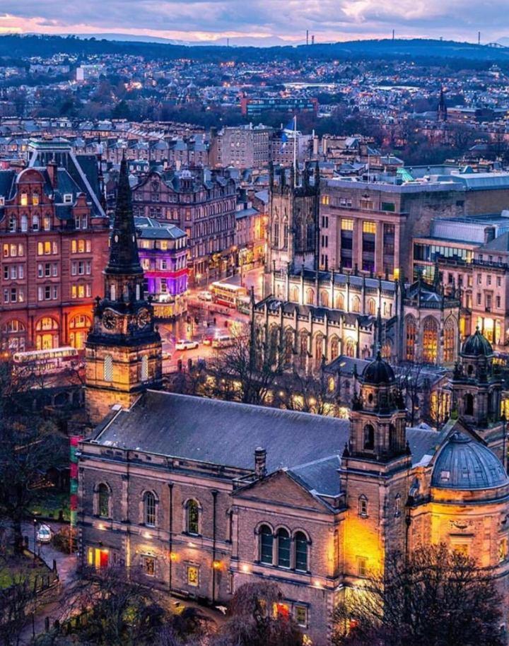 Edimburgo, se la vedi ti innamori! Cosa vedere e cosa fare nella capitale dellaScozia